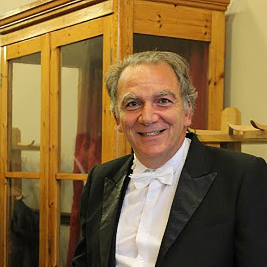 Dr. Léo-Paul Dana